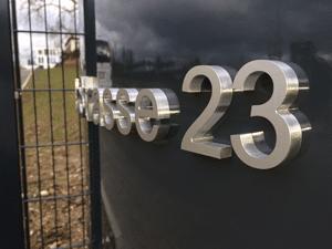Prestige 2000 – Schuster Werbesysteme